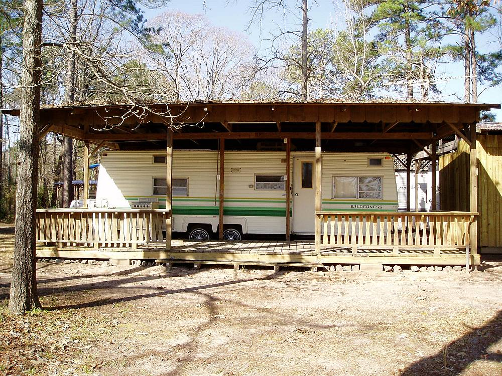 Cabins on sam rayburn lake camping on sam rayburn lake for Fishing cabins in texas